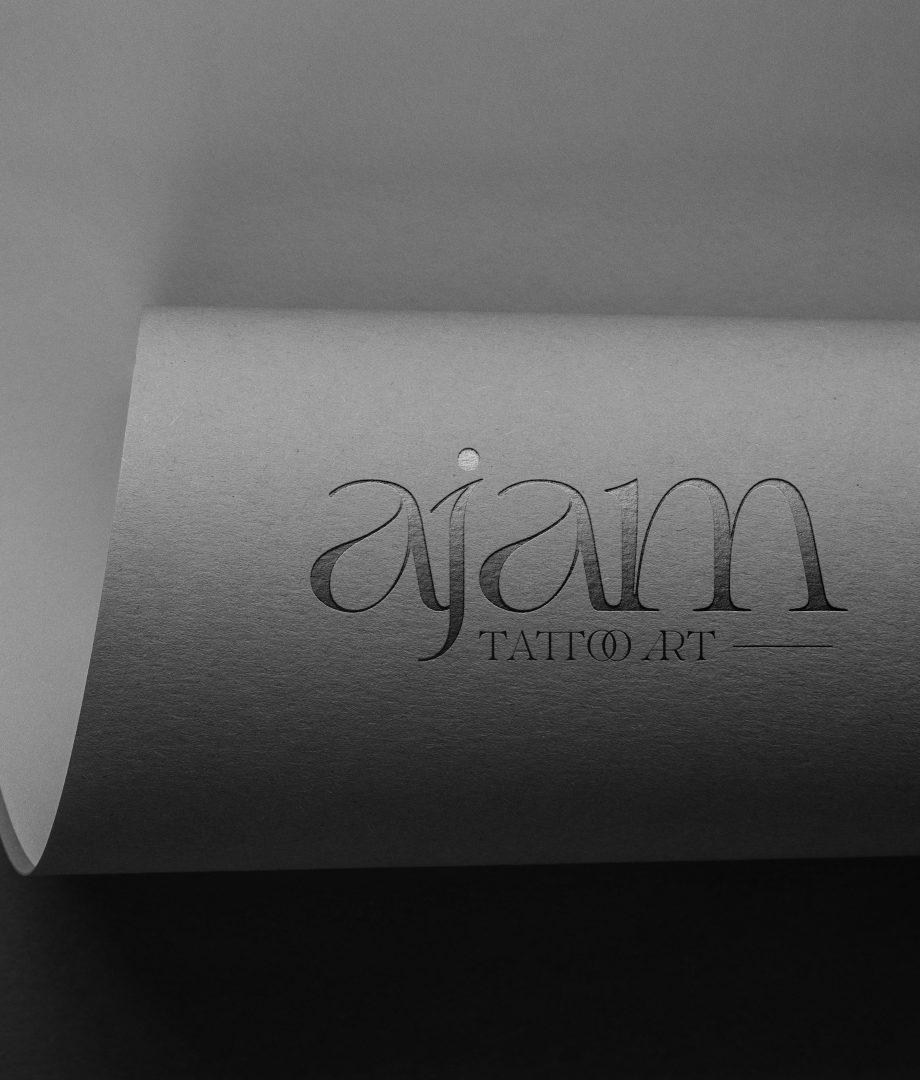 Logotipo en papel